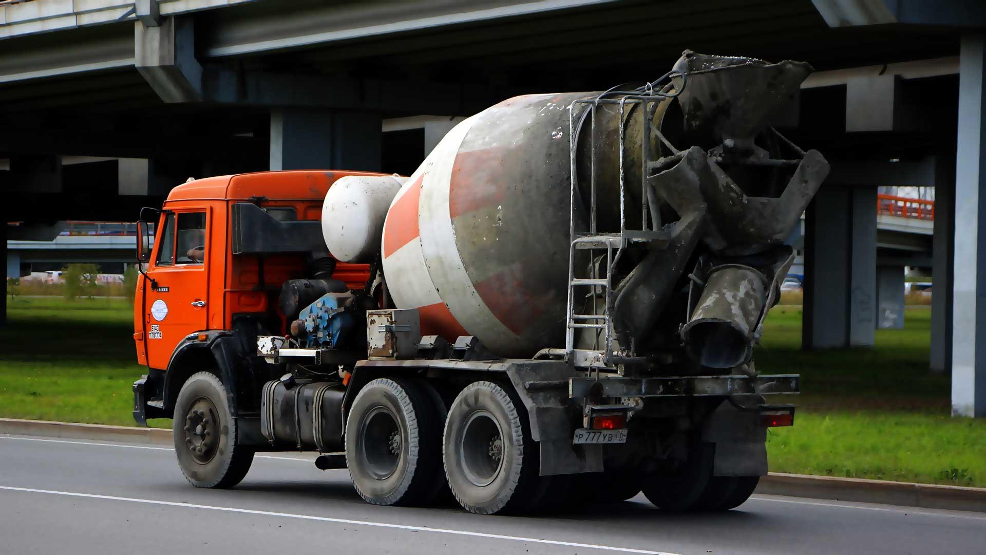 Доставка бетона миксером в Новосибирске